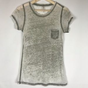 WOMENS SHORT SLEEVE DISTRESSED POCKET TEE